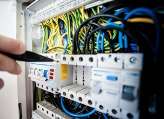 Reddy Electrical: Commercial and Domestic Electricians, Reservoir, Melbourne